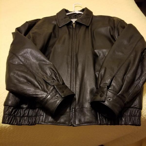 Men's St. John's Bay Black Leather Bomber Jacket