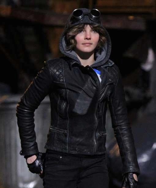 Camren Bicondova Gotham Selina Kyle Catwoman Leather Jacket